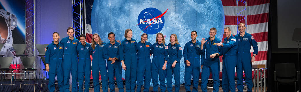 A picture of the graduating astronaut class of January 2020.